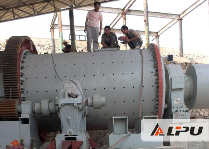 Dry Or Wet Type Cement Ball Mill Machine For Clinkers' Grinding