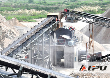 China Complete Quarry Stone Crushing Machine Production Line Capacity 200 T / H supplier