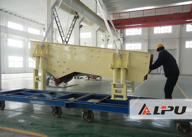 China Large Capacity Stone Feeding Machine Vibratory Feeder In Quarry , Mining distributor